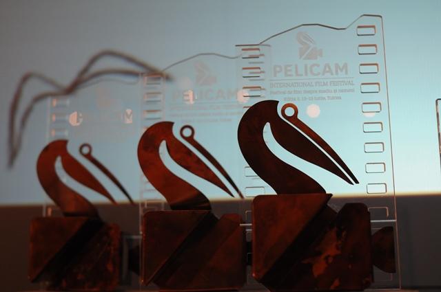pelicam_trofee